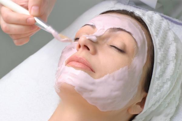 Увлажняющая маска для лица в Казани: омолаживающие и тонизирующие маски для  лица | Клиника МЕДЕЛ